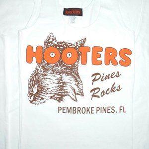 Hooters Girl Uniform Tank/Shorts Fort Myers FL XS